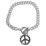 Bracelet fantaisie en métal argenté. Peace and love.