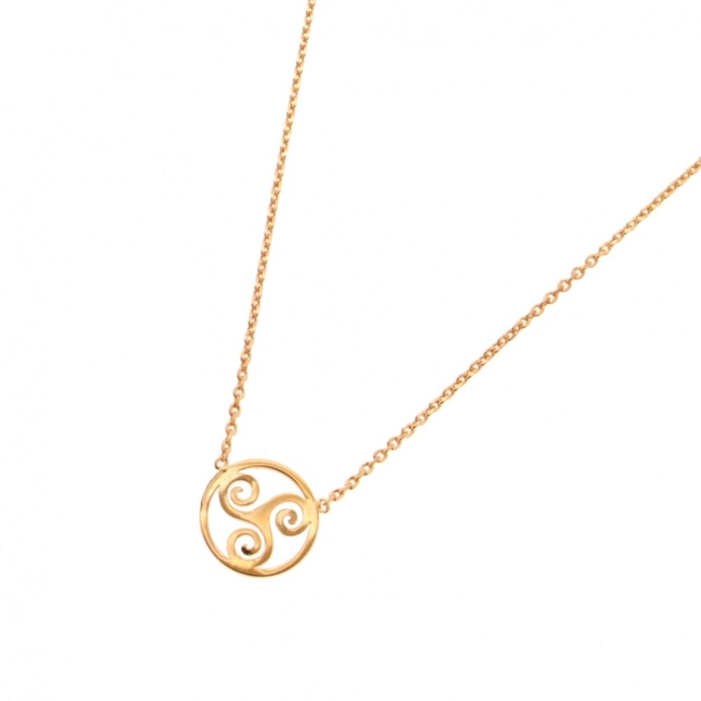 456a218f2c0bf Collier avec pendentif triskèle en plaqué or. Rond Triskel Adolescent  Adulte Femme Fille Indémodable Symboles
